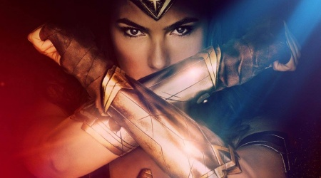 Wonder Woman na nowych plakatach i zwiastunie