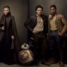 Gwiezdne Wojny Ostatni Jedi - Leia, Poe, Finn, Rose i BB8
