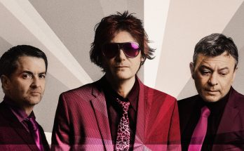 Manic Street Preachers Distant Colours