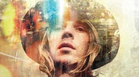 Beck prezentuje nową piosenkę.