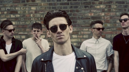 COASTS – premiera albumu i nowe video You