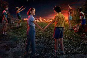 Stranger Things 3 niebieski i żółty. Znamy datę premiery!