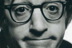 Deszczowy Woody Allen zjada własny ogon.